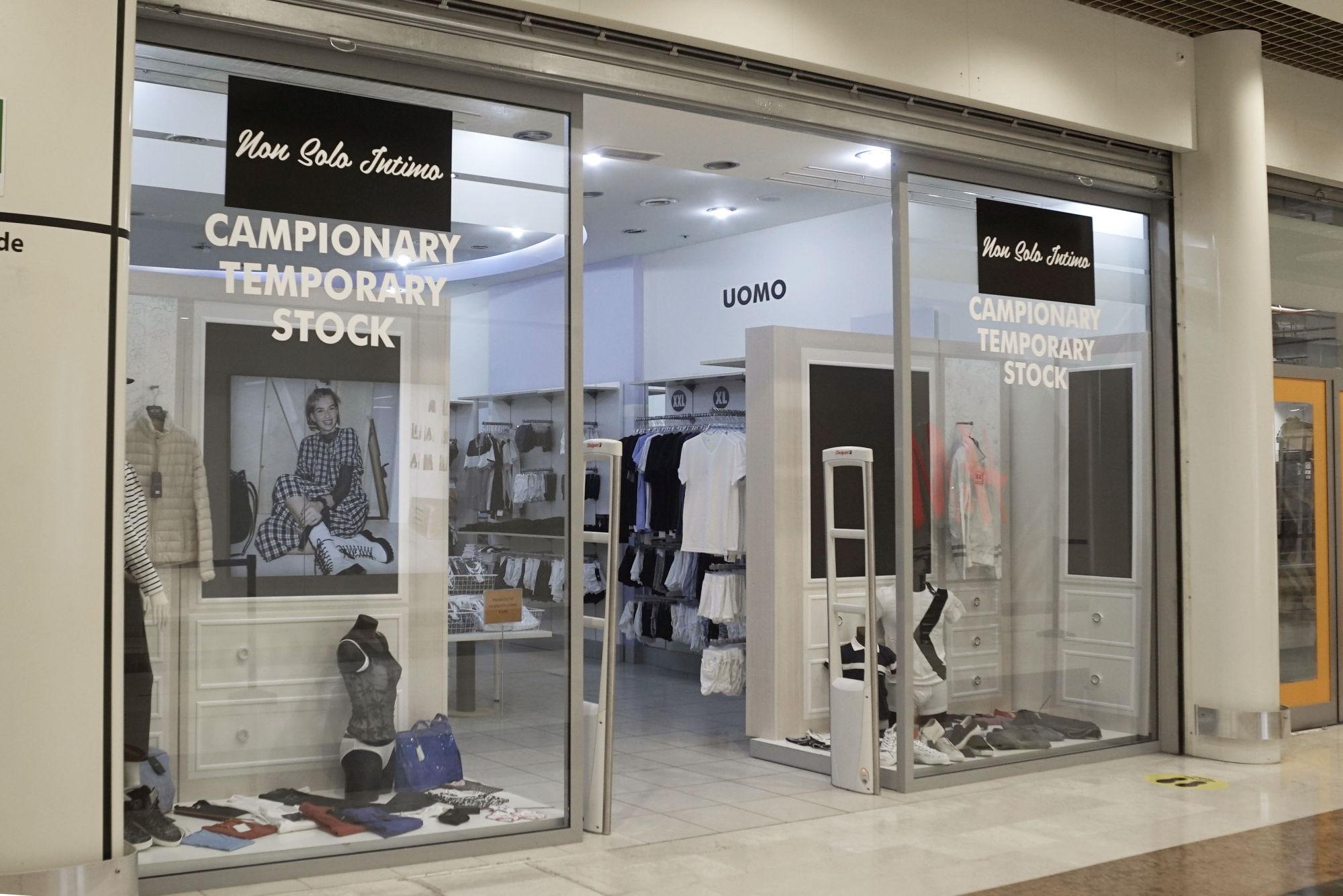 centro-costaverde-temporary-centro-commerciale-Montenero-di